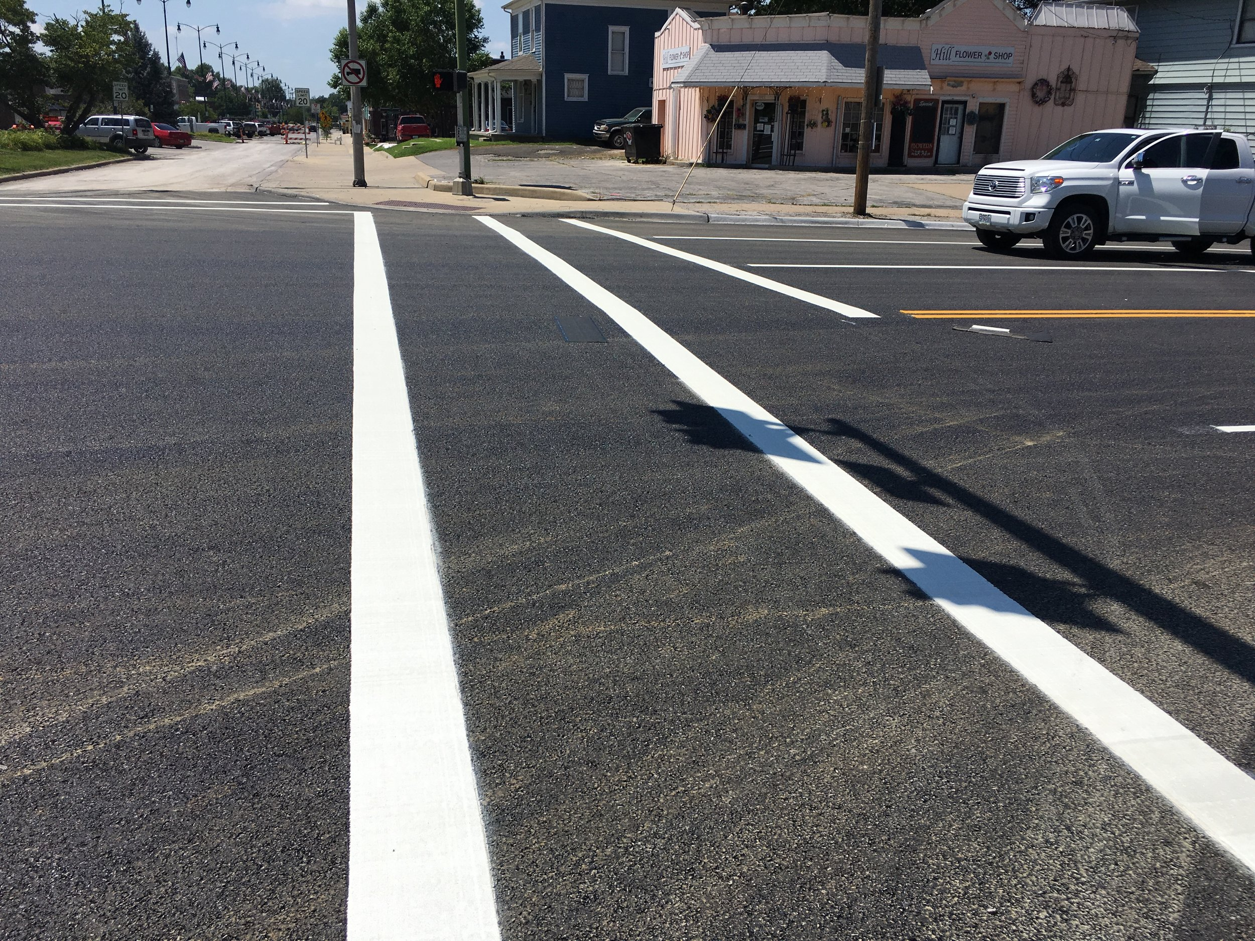 roadway-striping-and-markings.jpg