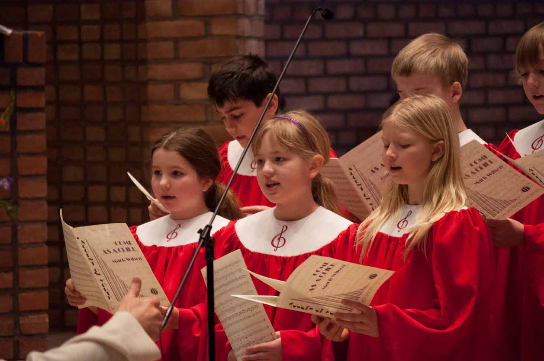 tor choir.jpg