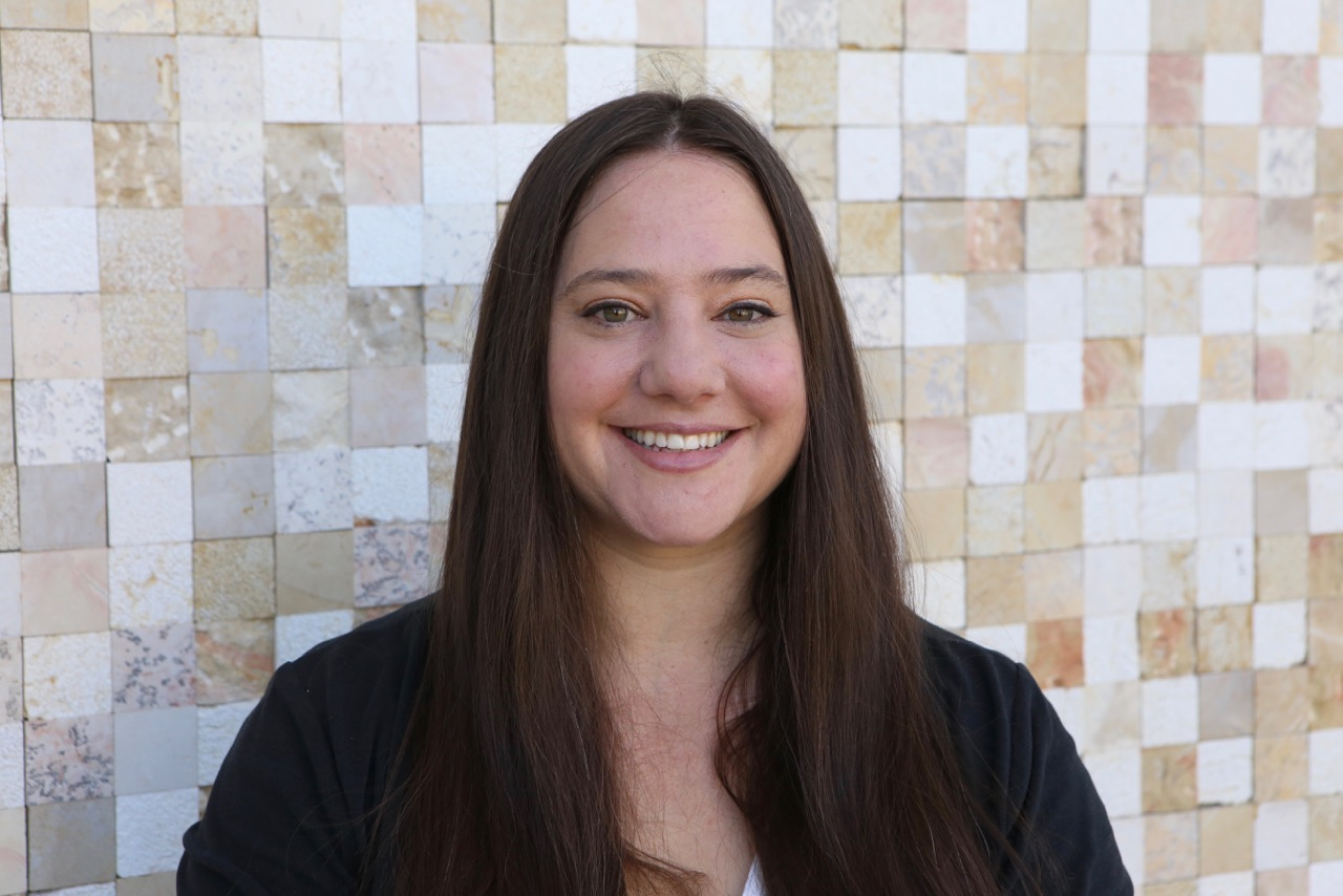 Danielle Goldman, MFT - Meet our Talented East Bay Child Therapy Expert specializing in Drama & Play Therapy