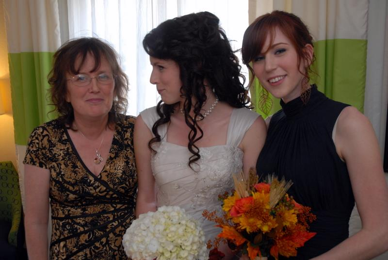 From left to right: Andrea's mother, herself, and her sister