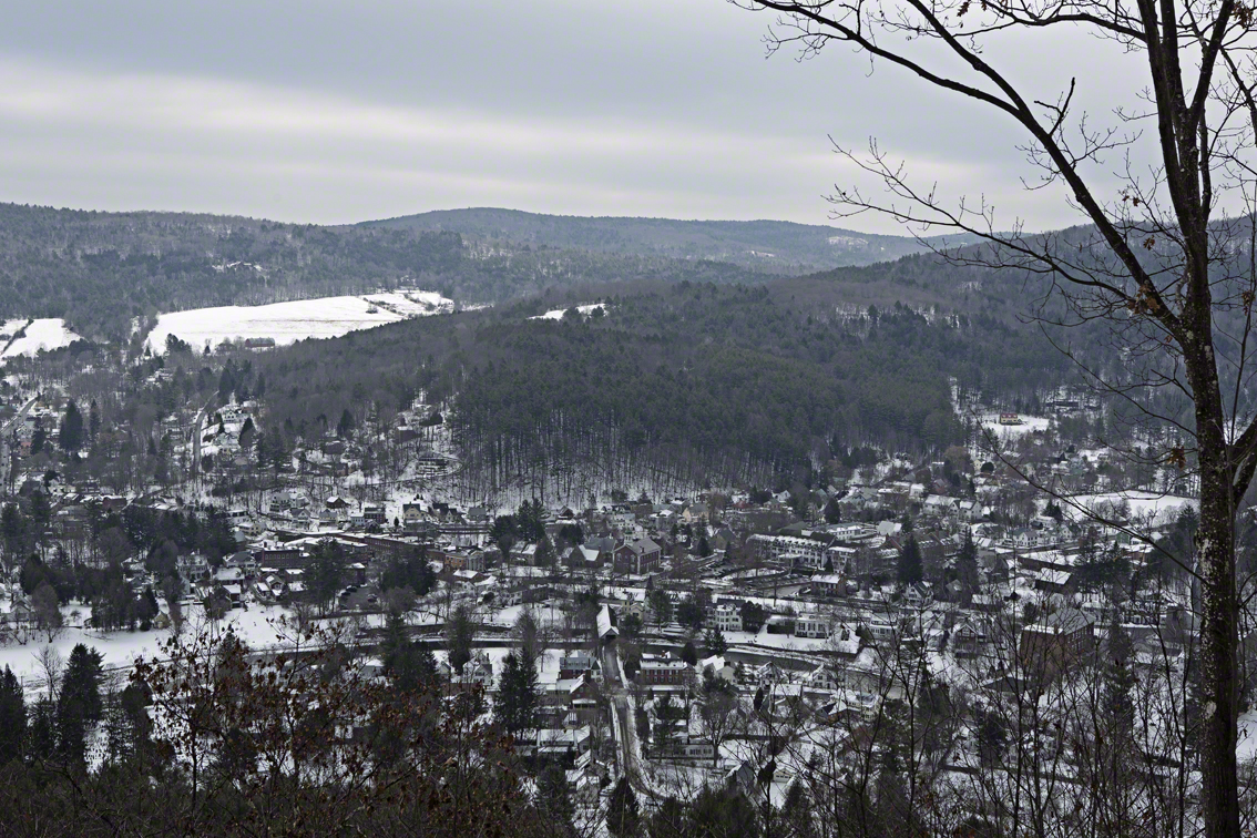 the town of woodstock, vt from the top of mount tom