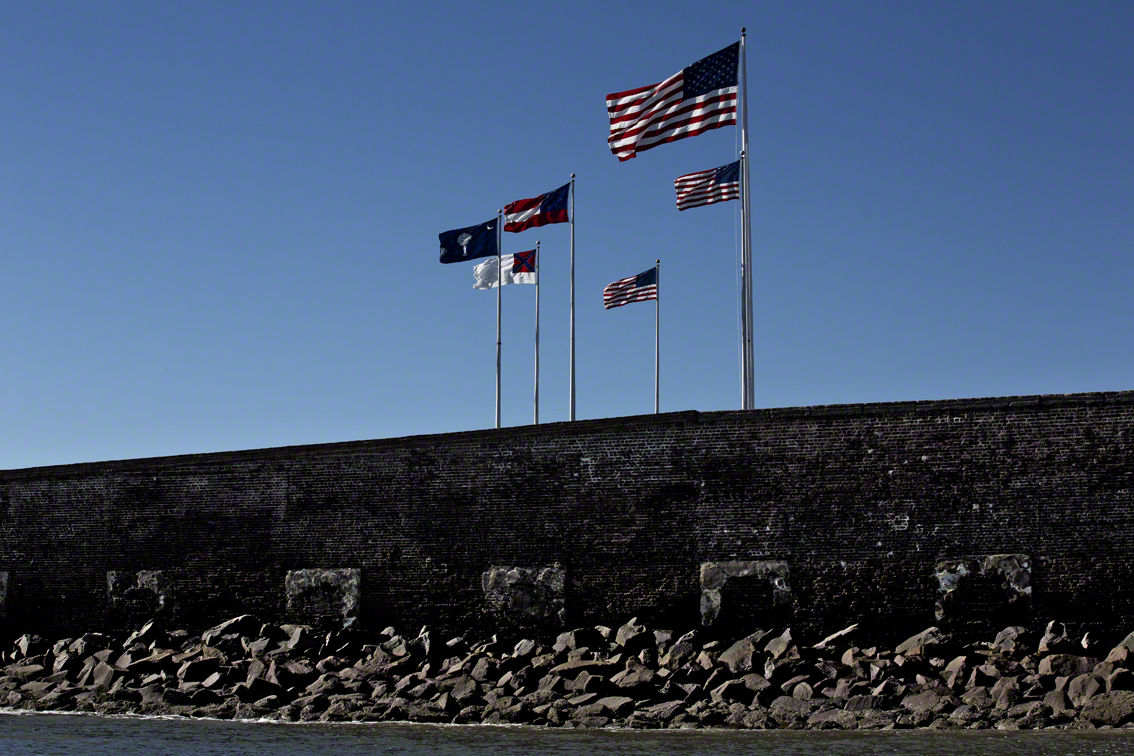fort sumters flags