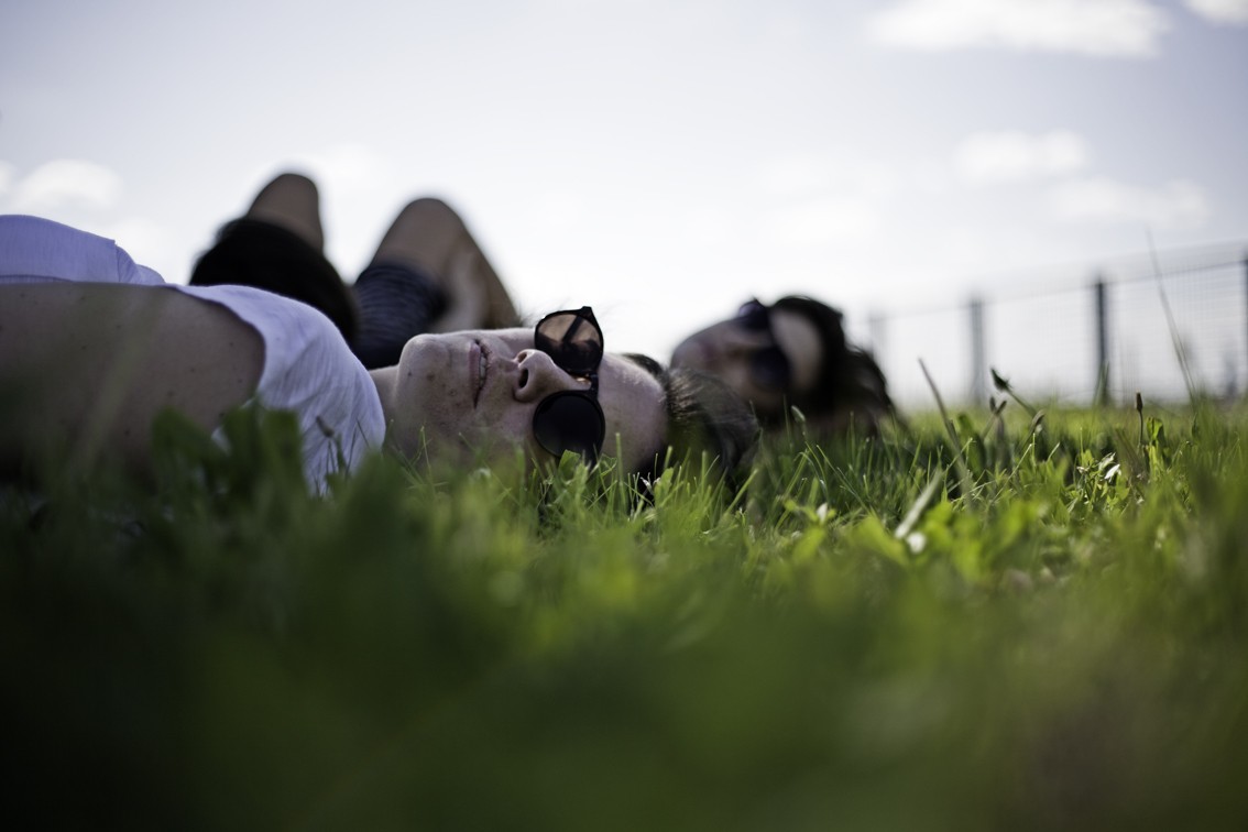 day drinking leads to day napping in parks