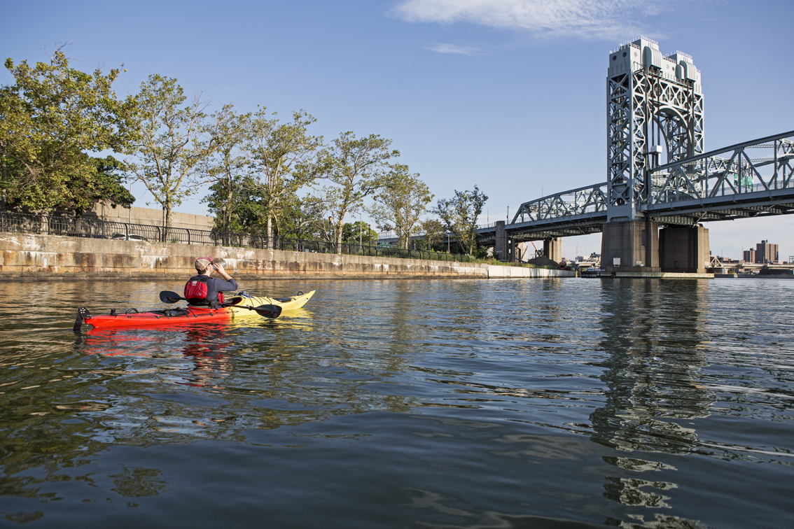 Keeping hydrated, about to pass under the RFK bridge in the Harlem River.