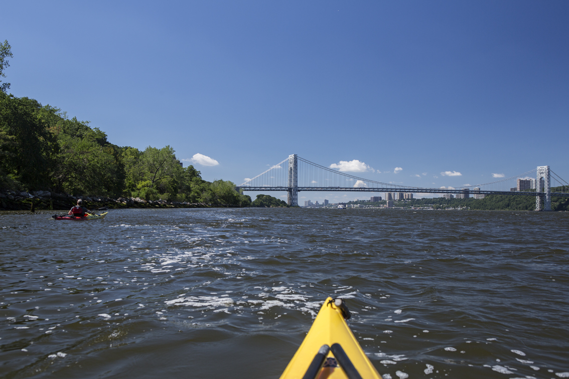 Approaching the George Washington Bridge, which carries I-95 over the Hudson River.