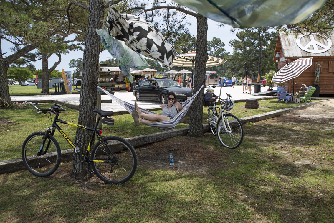 Sloane hanging at Woody's Beach BBQ on Chincoteague.