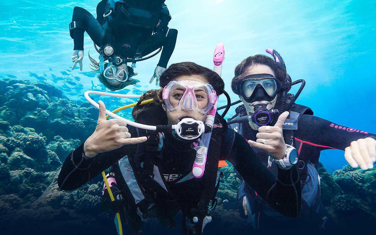backpacktheglobe_diver_open_water.jpg