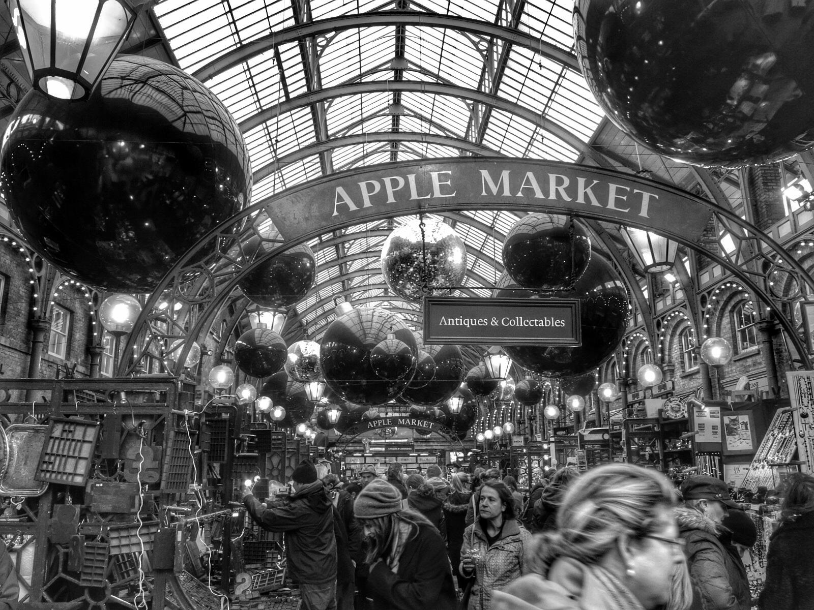 Apple Market.jpg