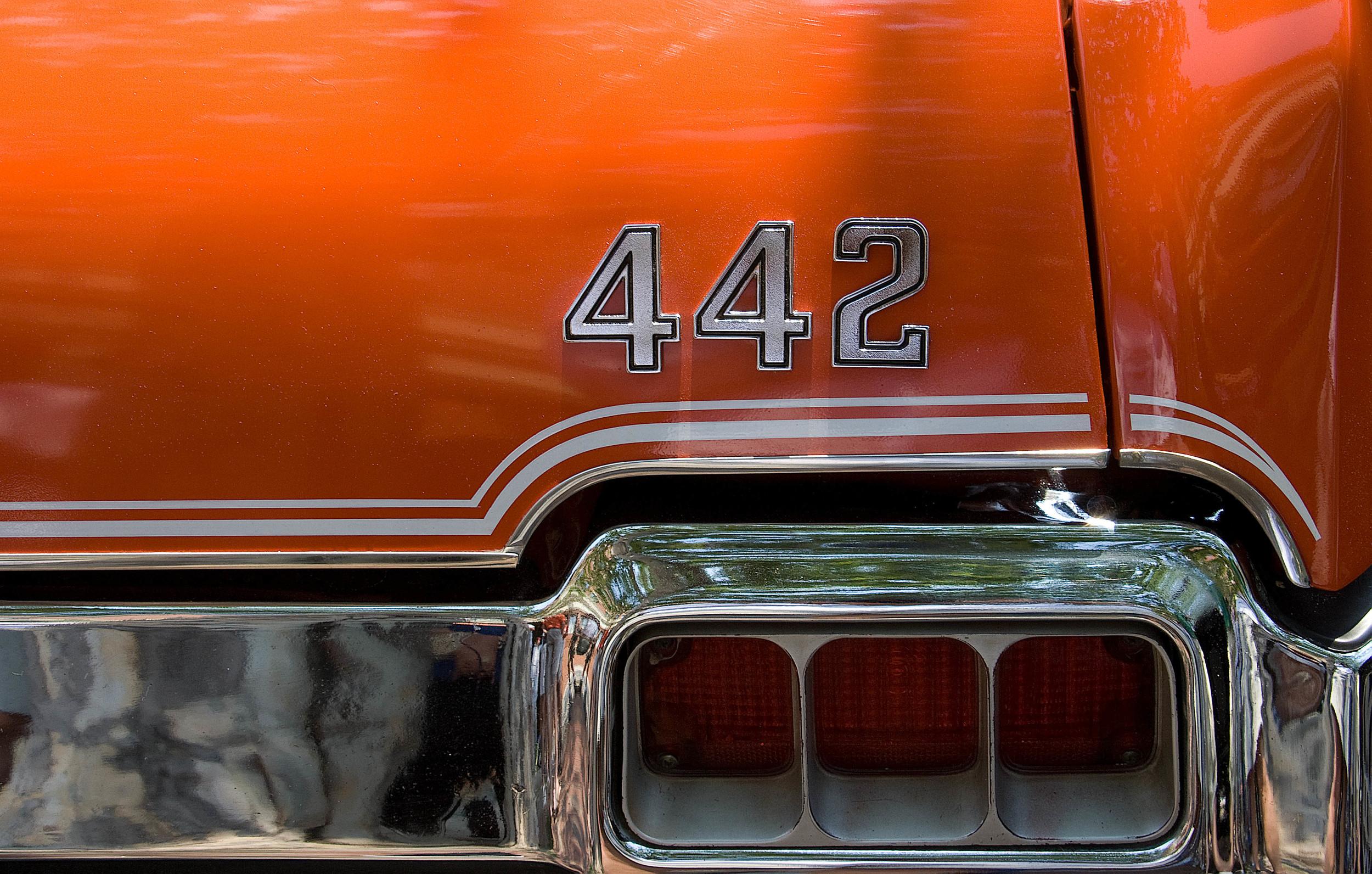 Red 442.jpg