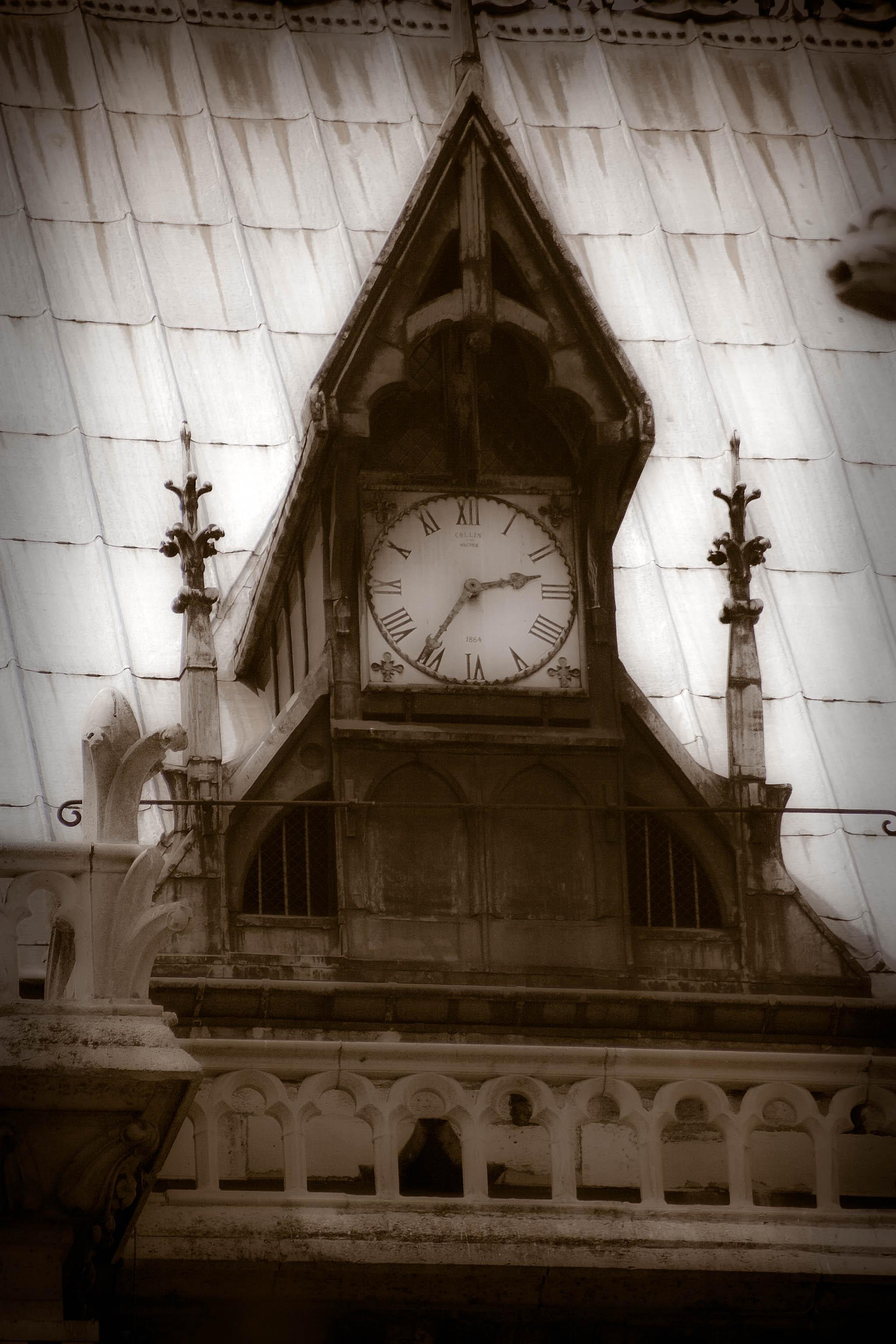 Gods Clock2.jpg
