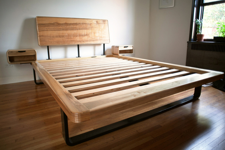 manny_bed1small.jpg