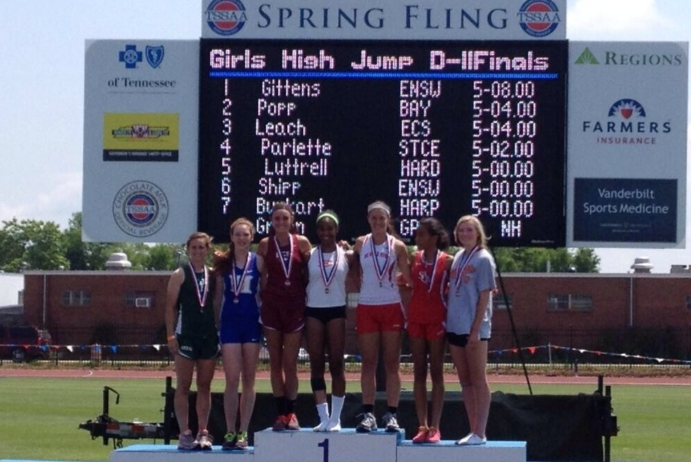 Sarah Luttrell finish 5th in High Jump!