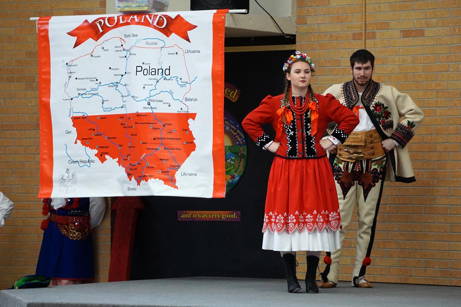 May11 PolishDanceTroupe16.jpg