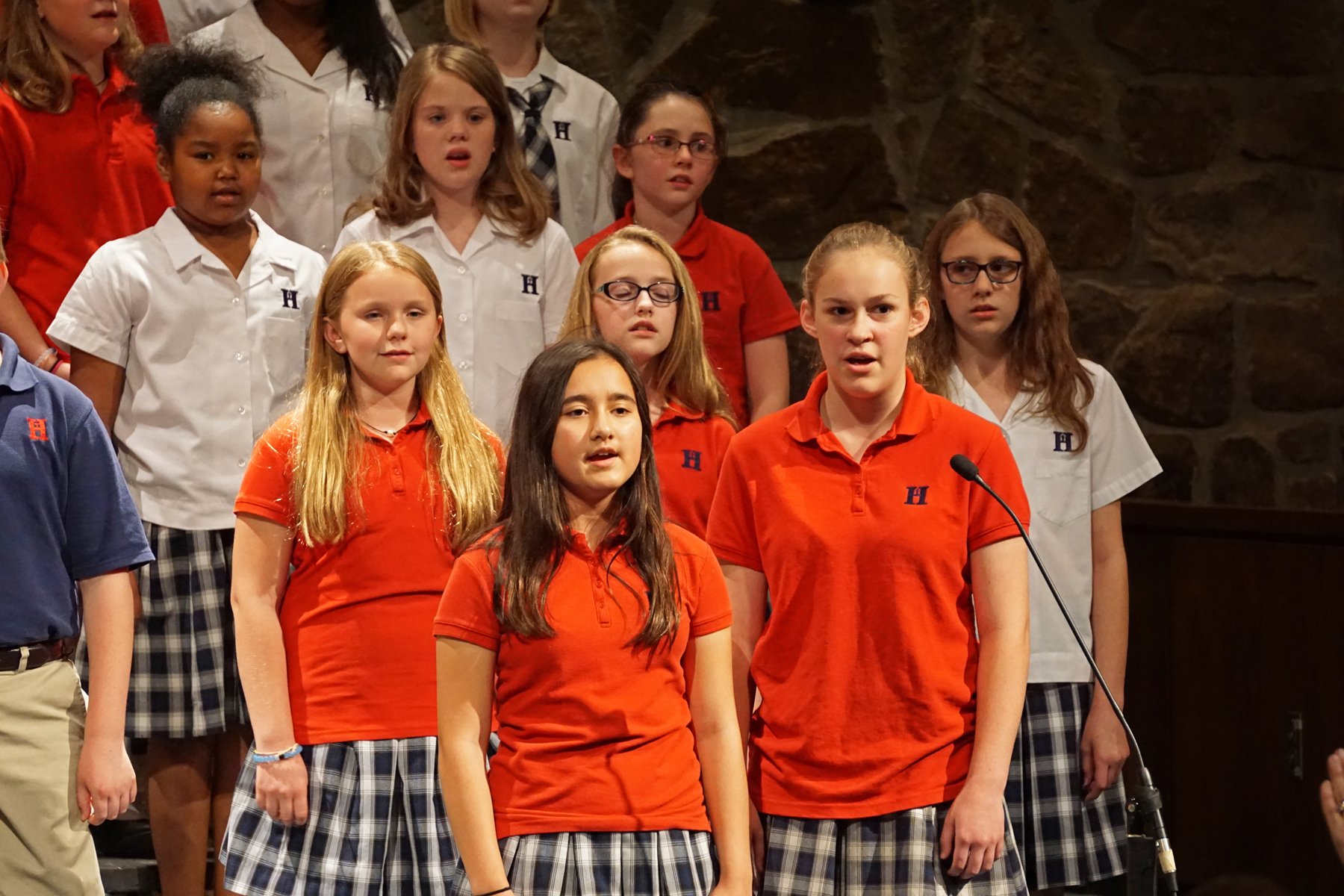 May14 LSFineArtsChoir05.jpg