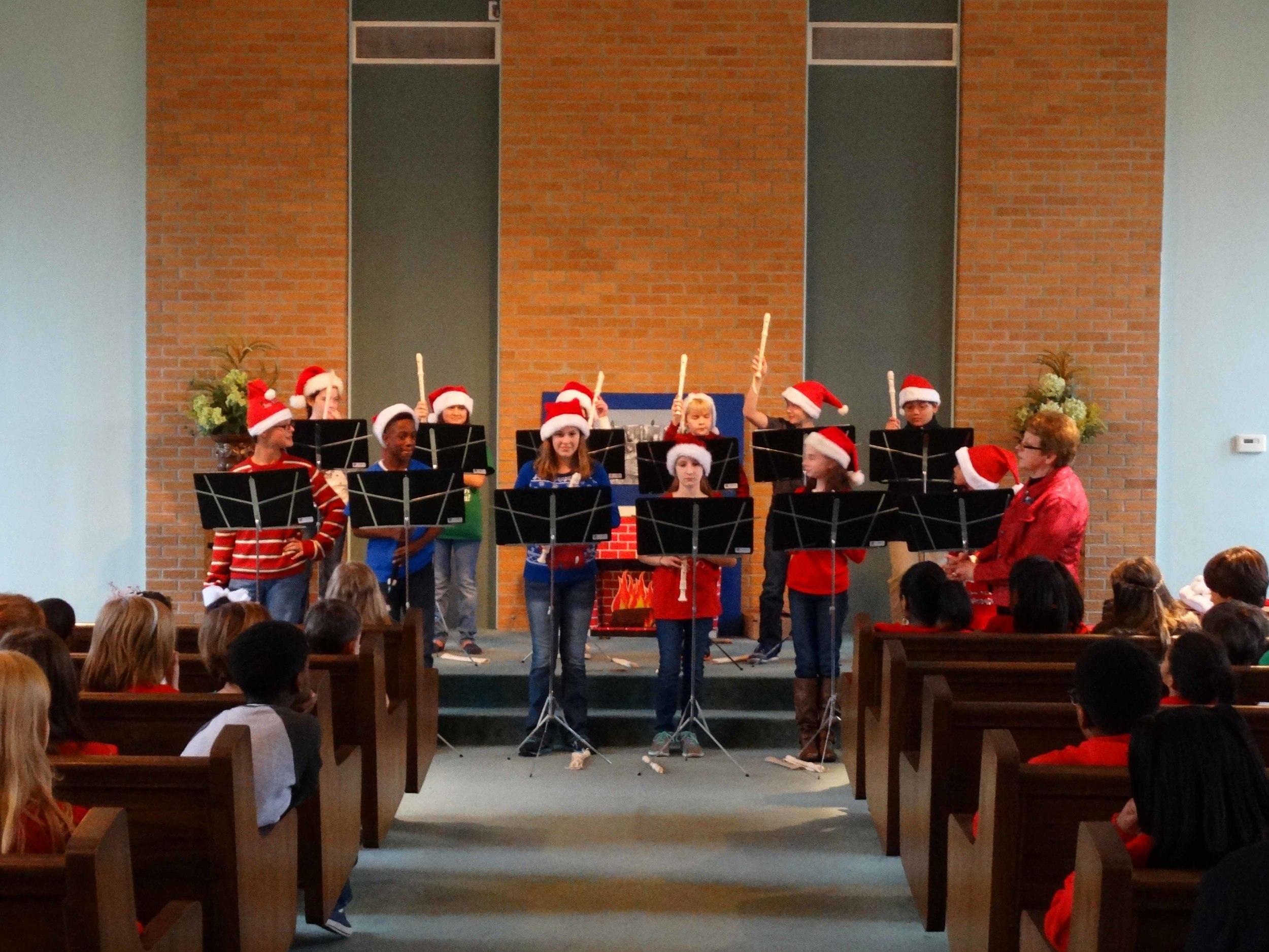 Dec19 WSLSrecorderEnsemble&Choir01.jpg