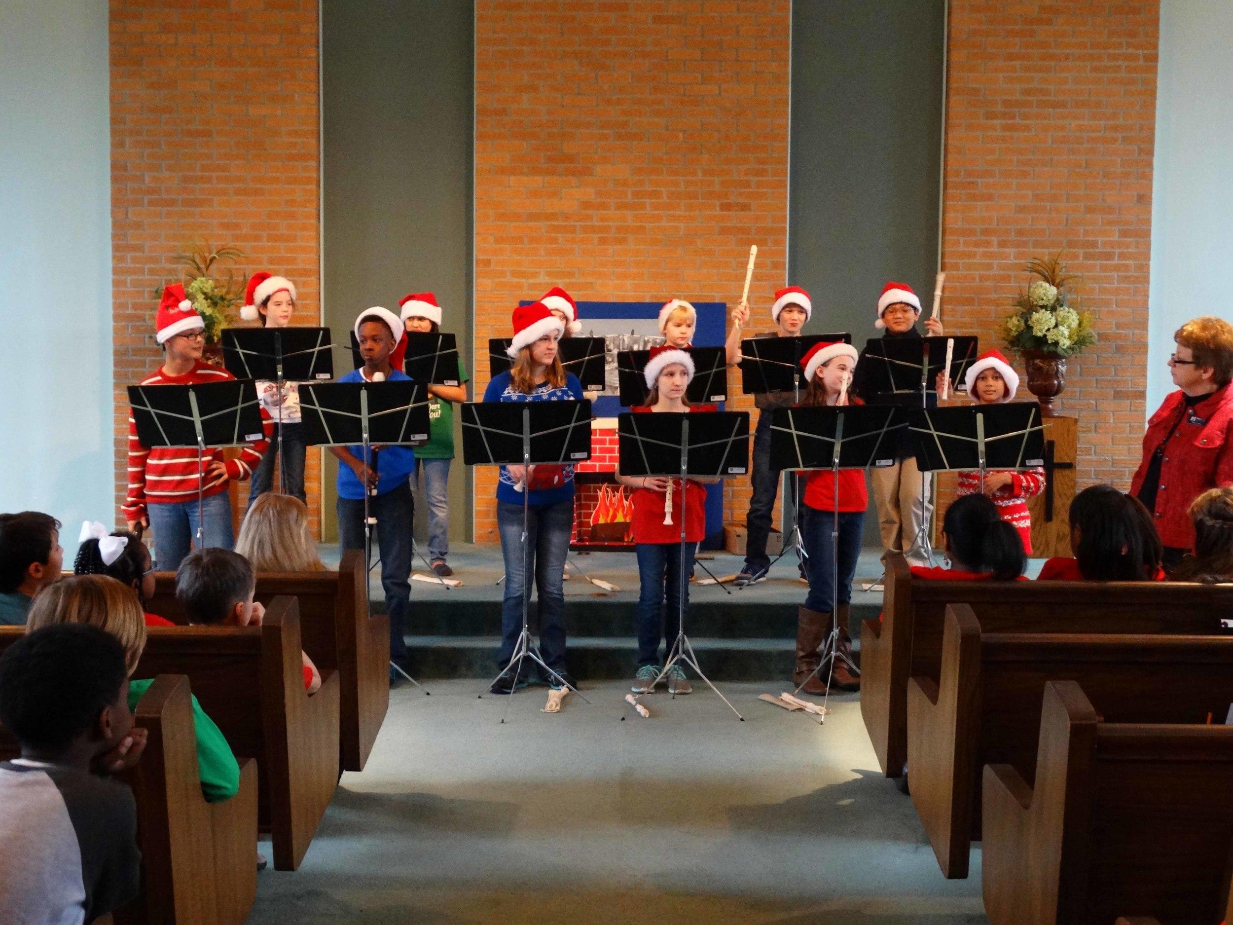 Dec19 WSLSrecorderEnsemble&Choir02.jpg