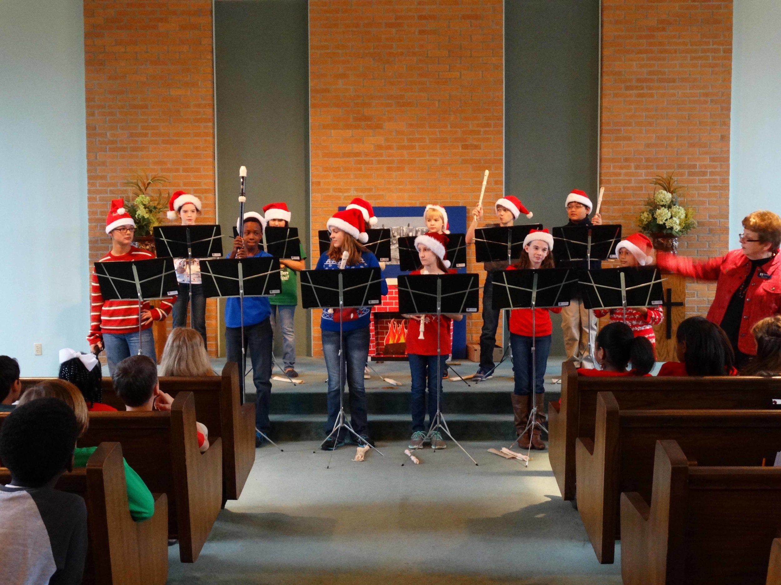 Dec19 WSLSrecorderEnsemble&Choir04.jpg