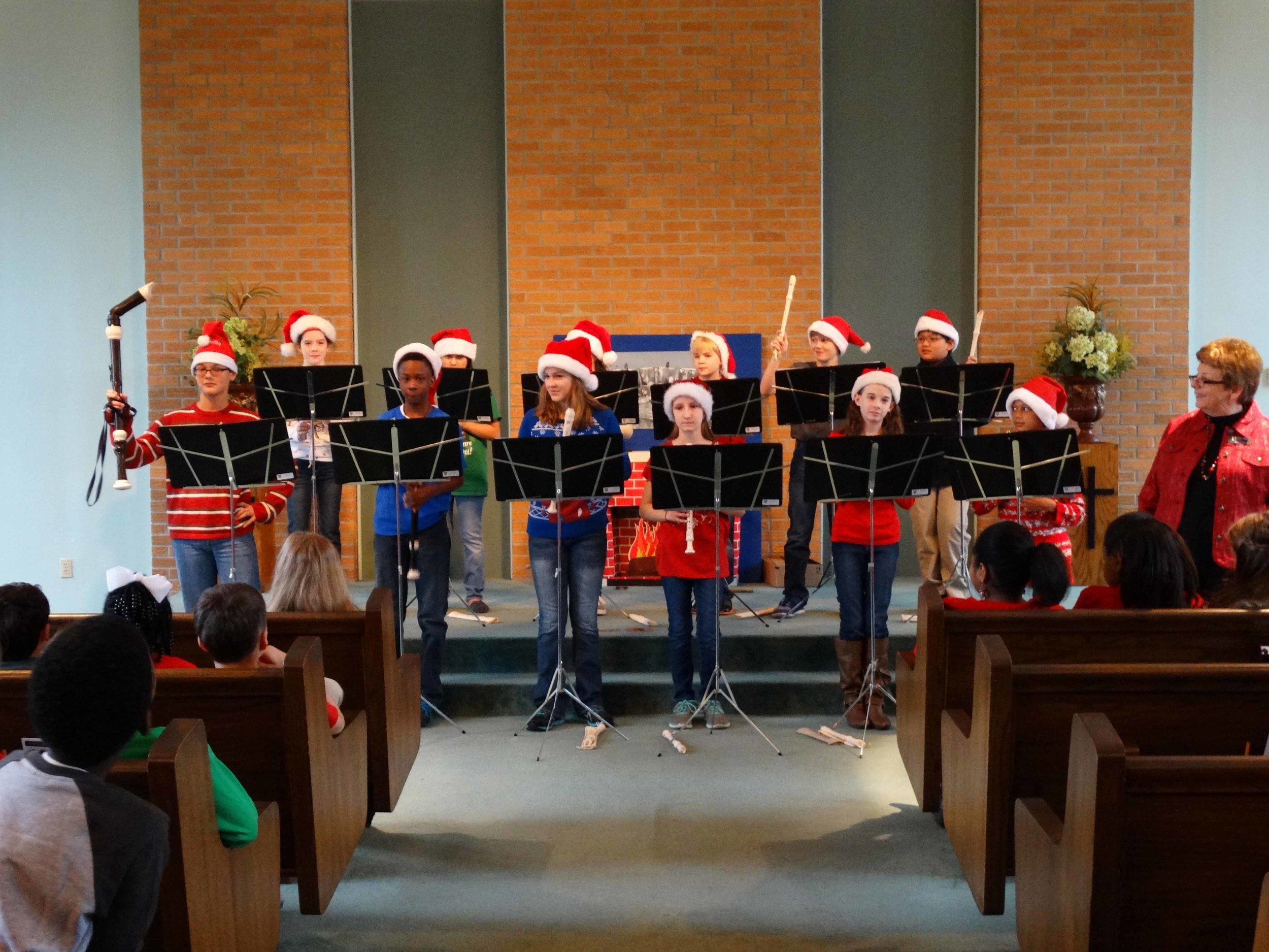 Dec19 WSLSrecorderEnsemble&Choir05.jpg