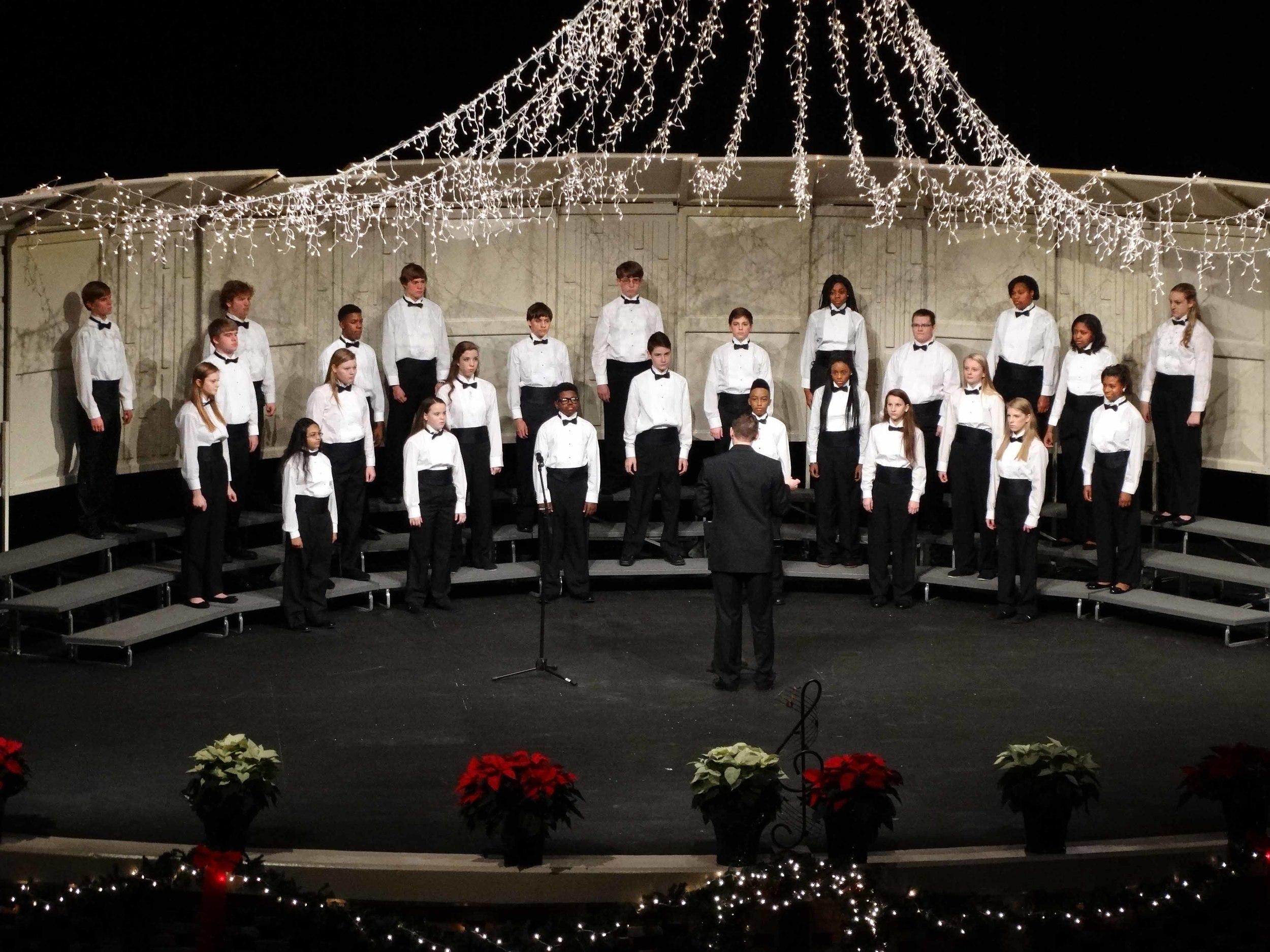 Dec8 ChorusChristmasConcert02.jpg