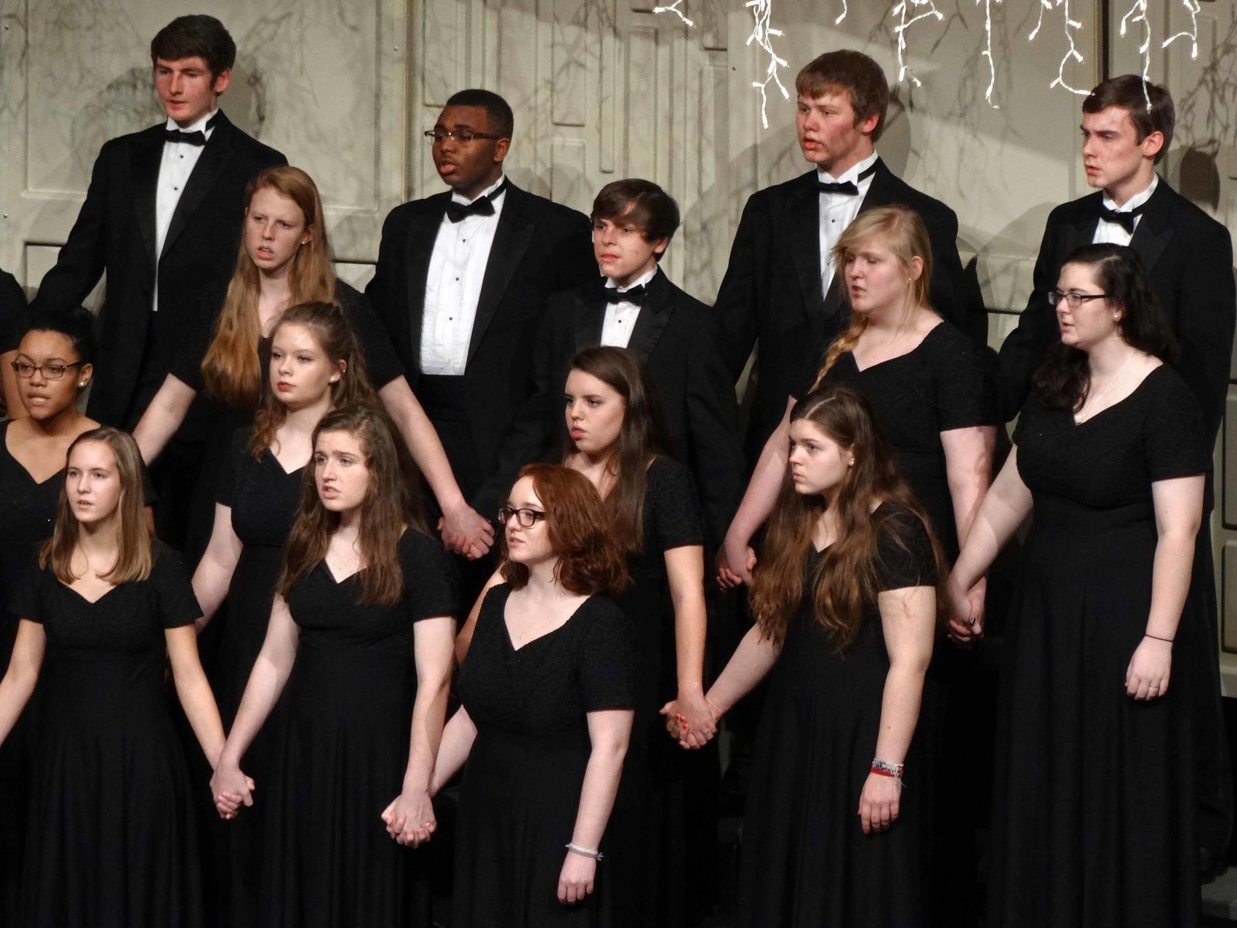 Dec8 ChorusChristmasConcert56.jpg