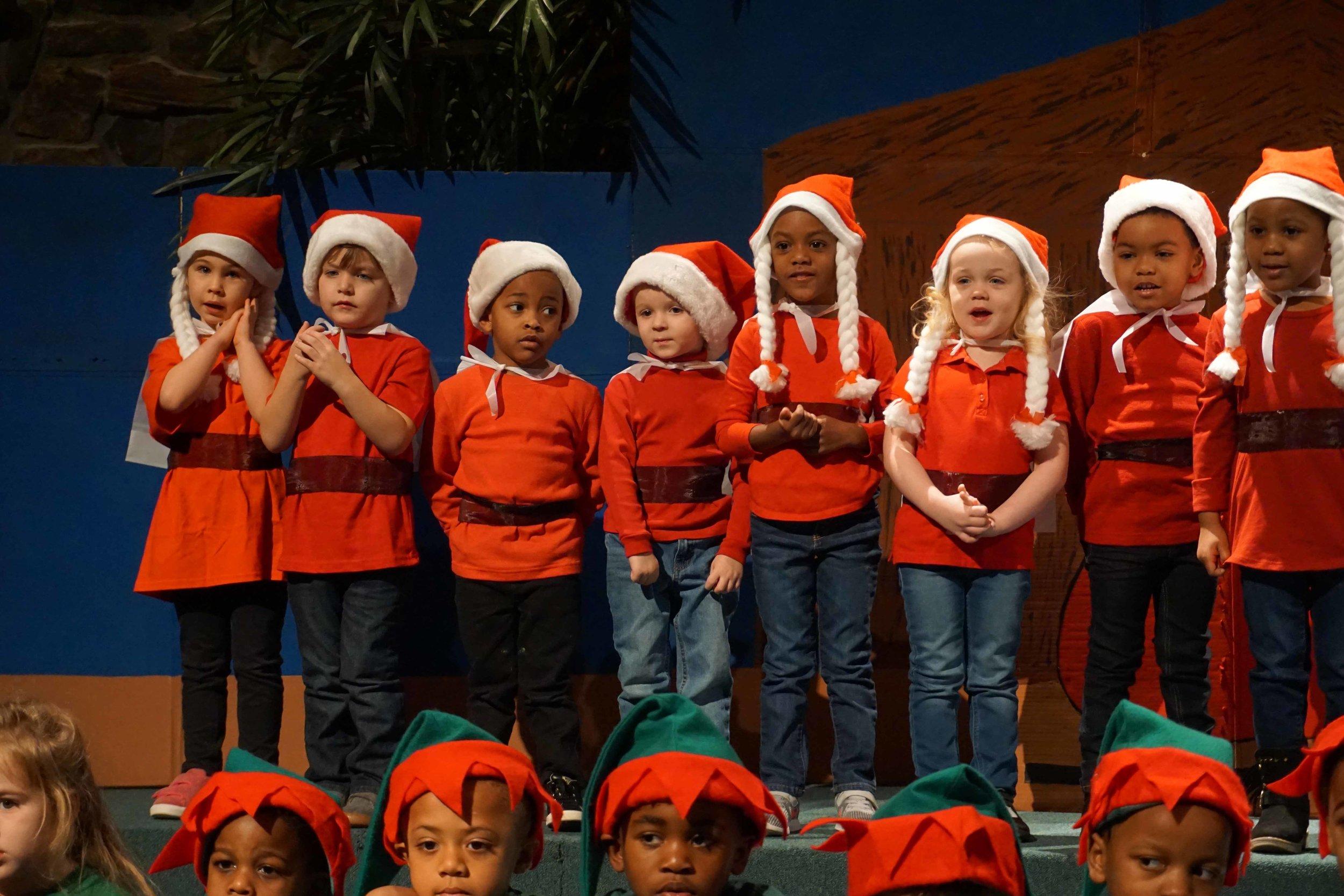 Dec13 WSLH ChristmasProgramJungle&OceanRooms23.jpg