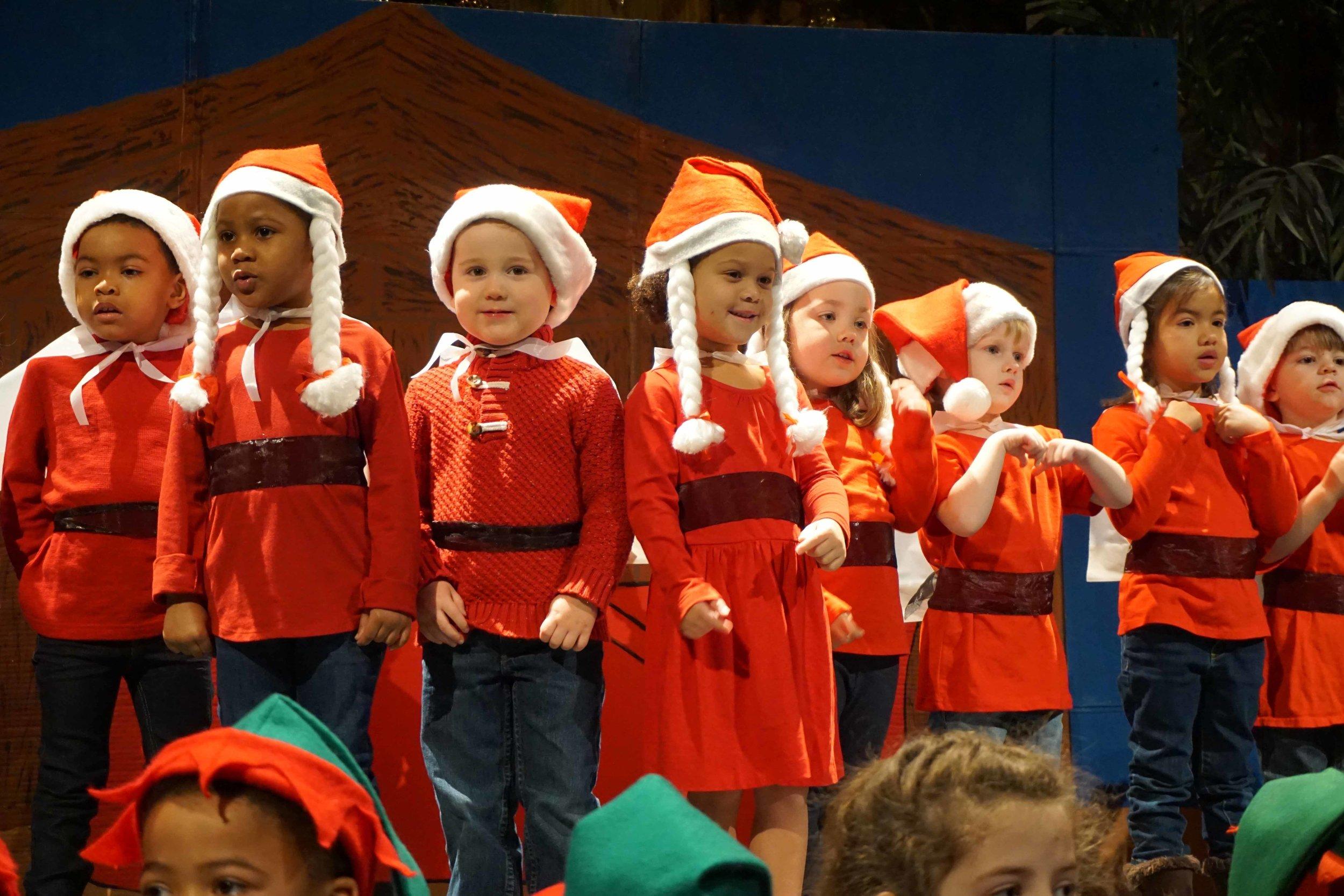 Dec13 WSLH ChristmasProgramJungle&OceanRooms35.jpg