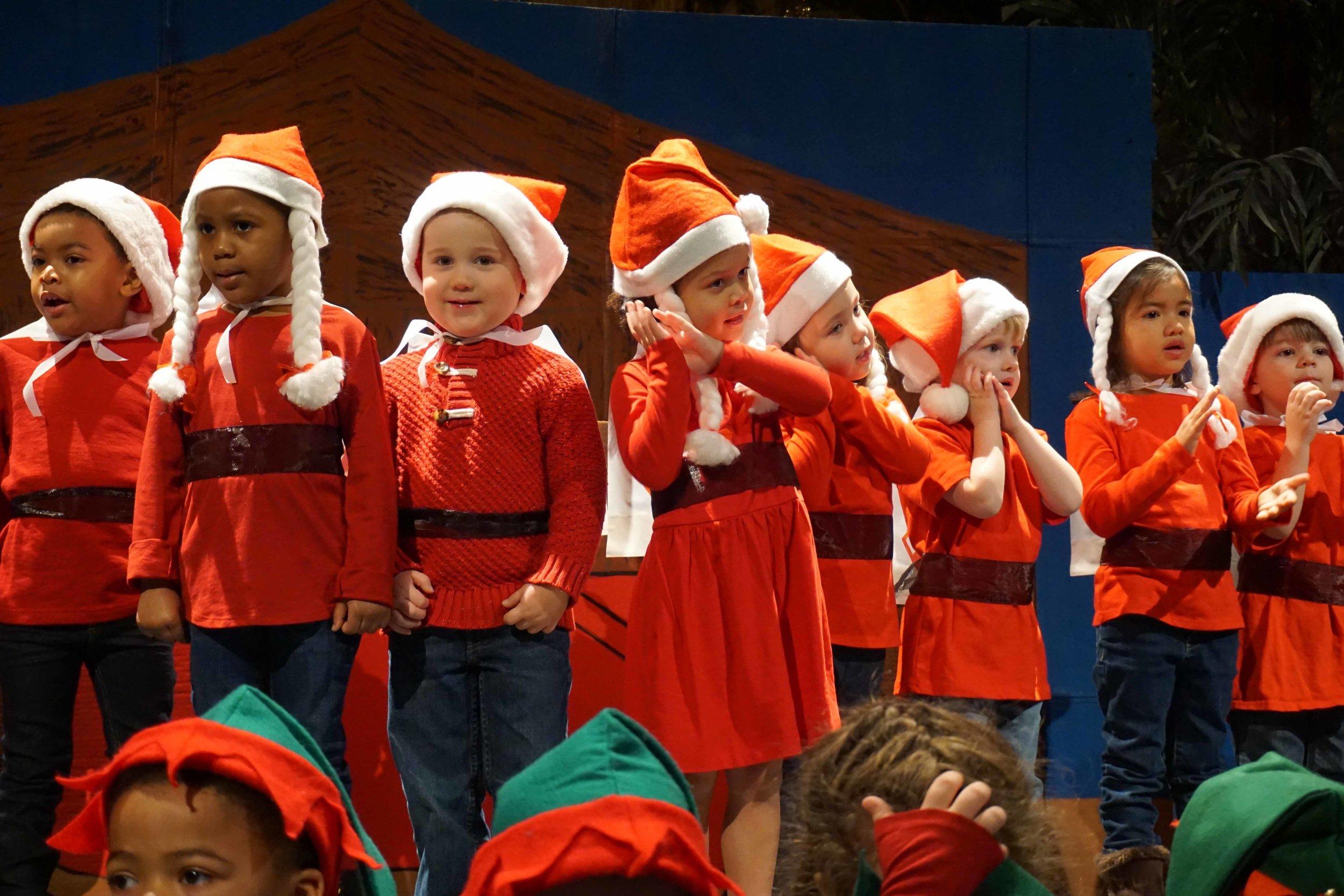 Dec13 WSLH ChristmasProgramJungle&OceanRooms36.jpg