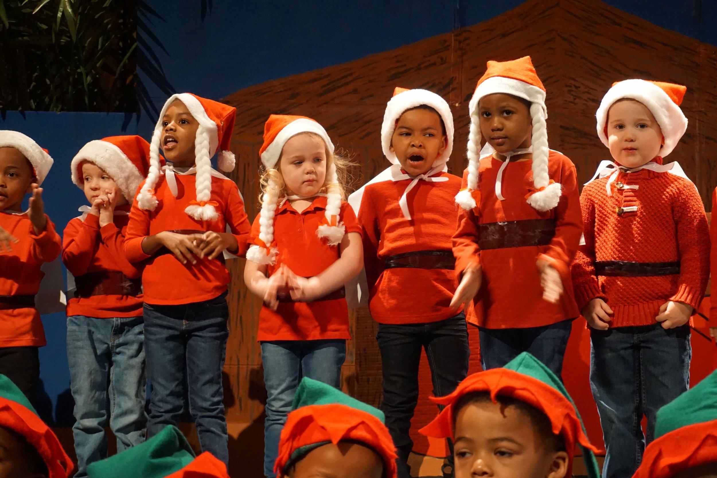 Dec13 WSLH ChristmasProgramJungle&OceanRooms38.jpg