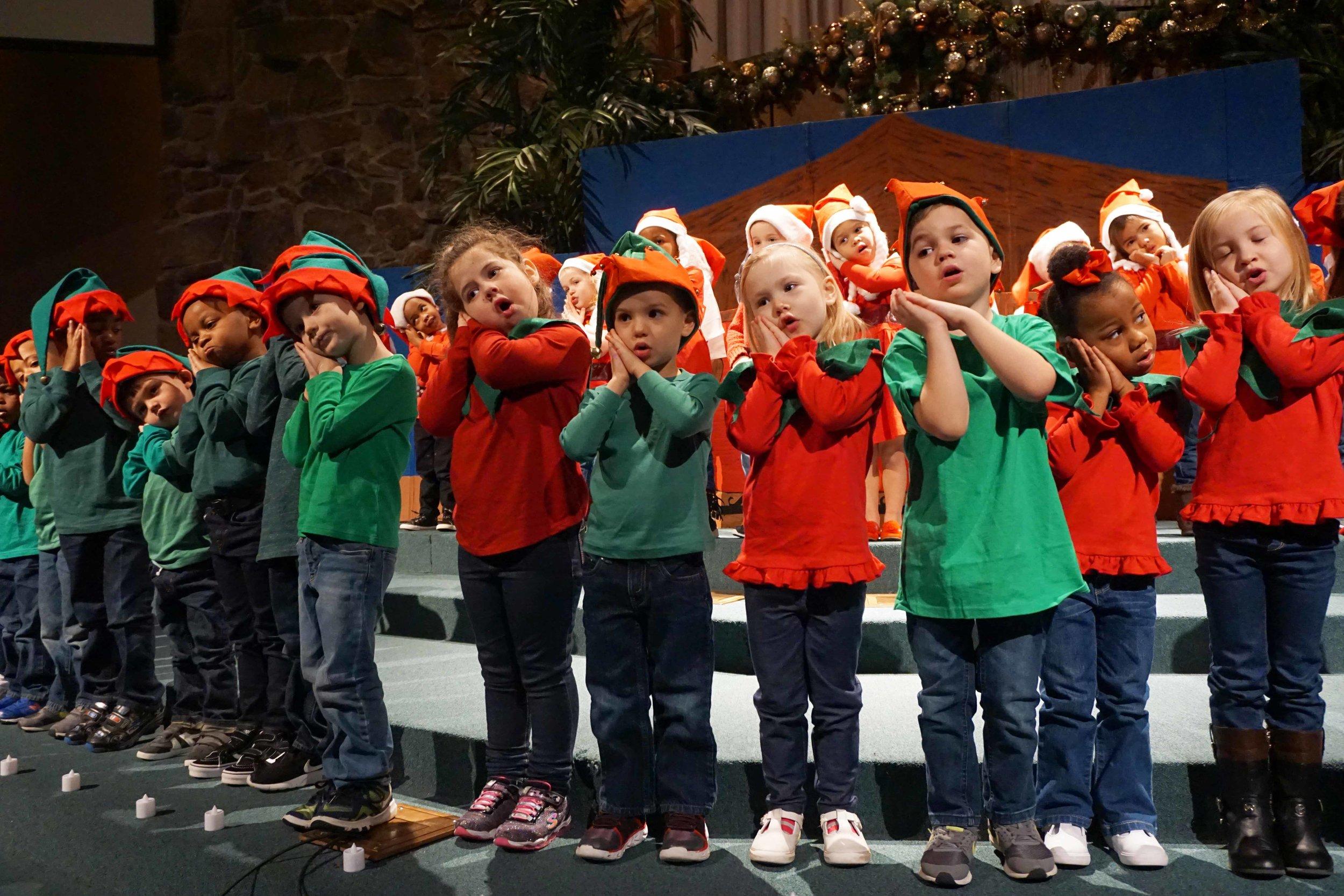 Dec13 WSLH ChristmasProgramJKjungle&OceanRooms42.jpg