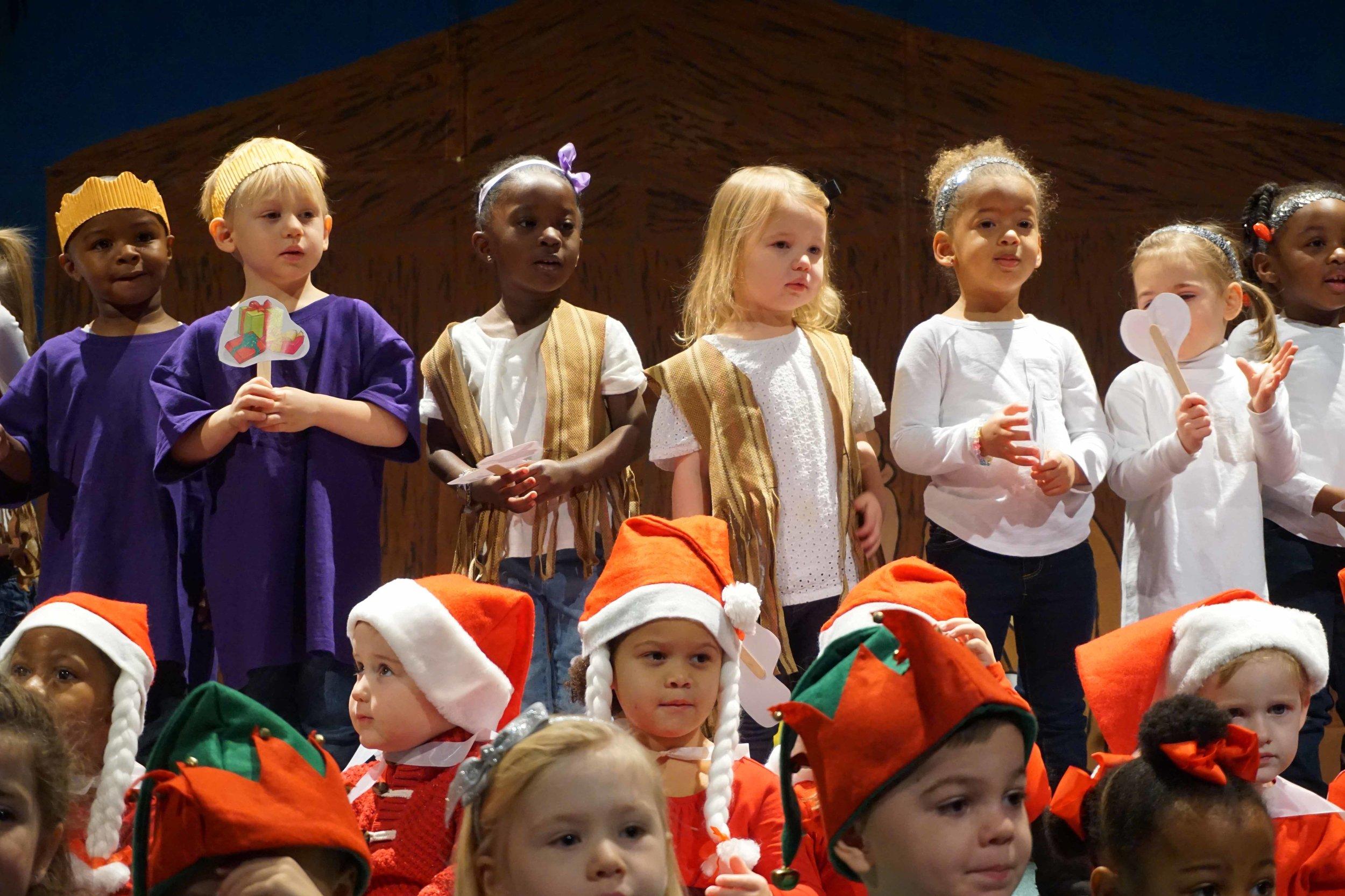 Dec13 WSLH ChristmasProgramTinyTravelers&HappyCamp50.jpg