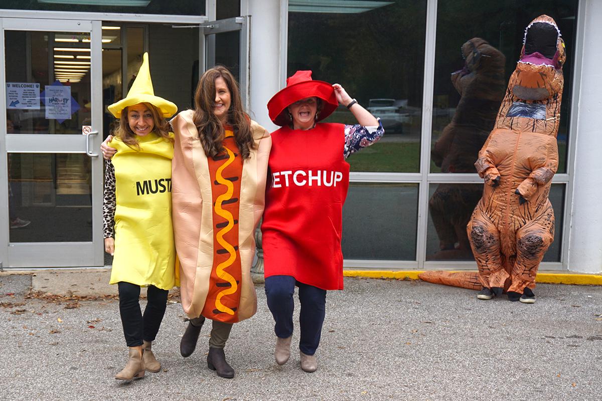 LS Costumed Car Line Fun