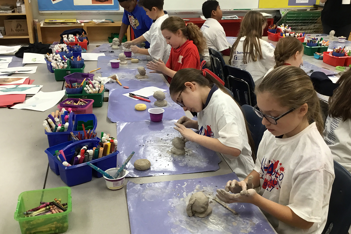 4th Grade Creating Sculptures for STEAM Night