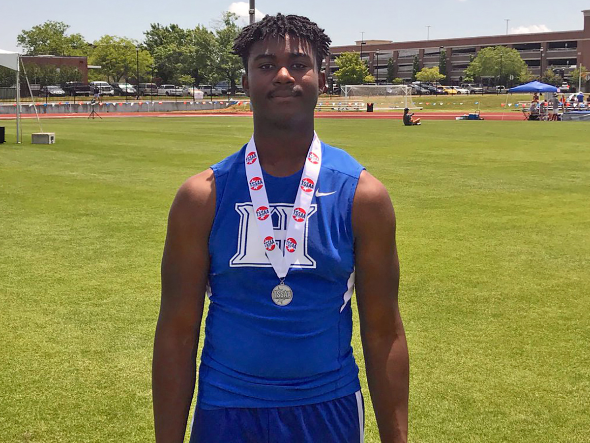 Jamal Mitchell 2nd in discus