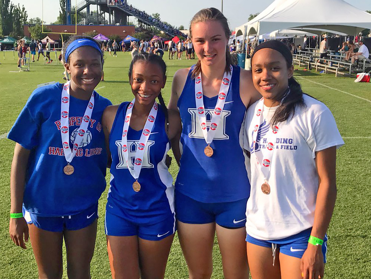 Lady Lions 6th in 4x200