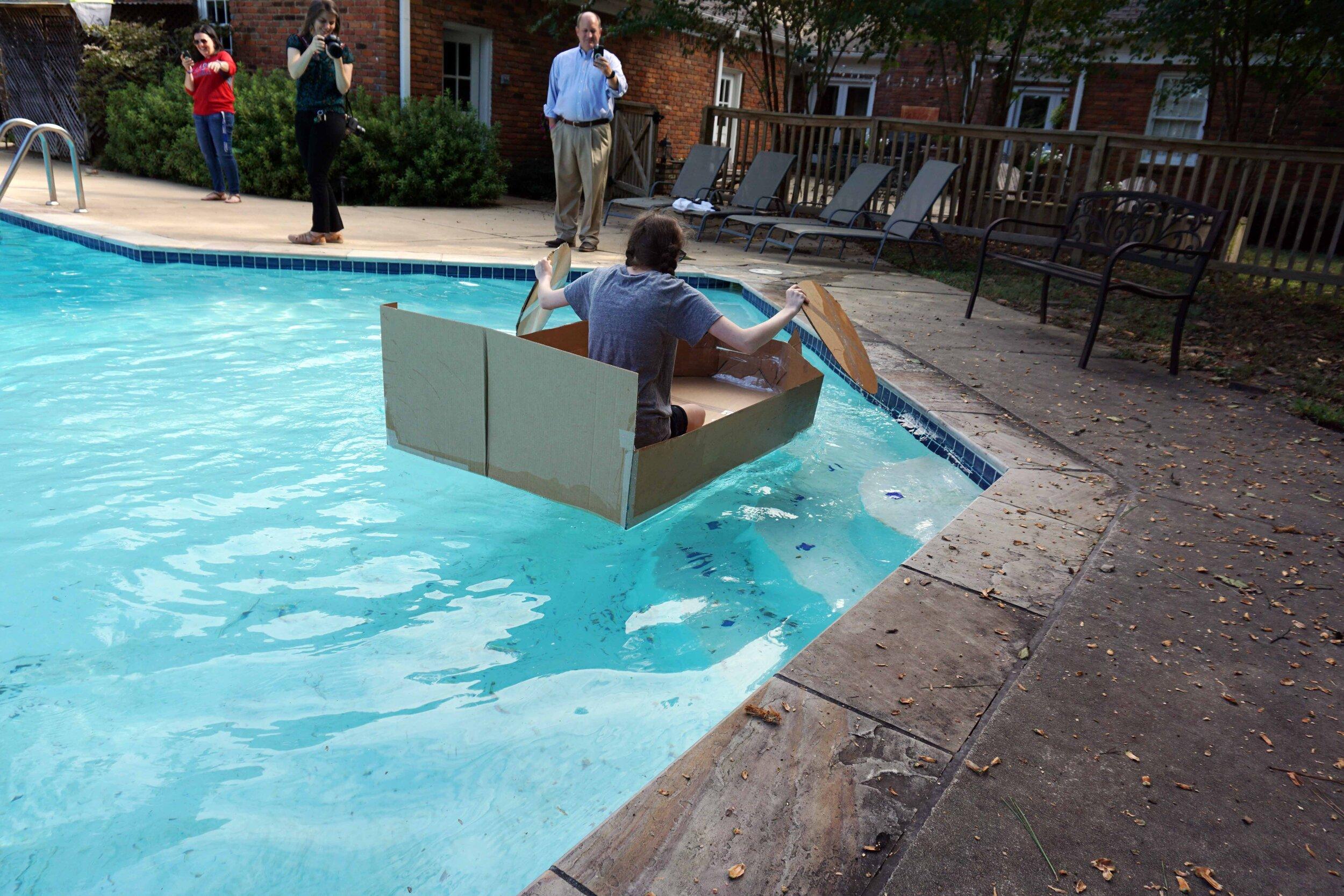 Sept27 DoCardboardBoatsFloat09.jpg