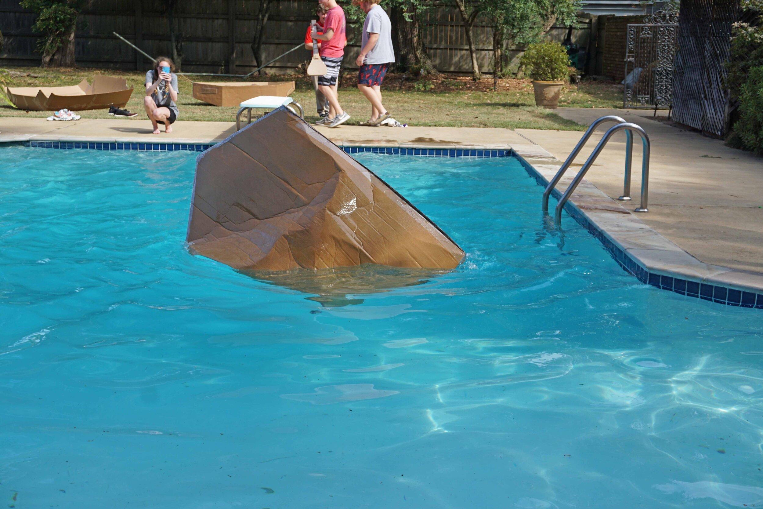 Sept27 DoCardboardBoatsFloat33.jpg