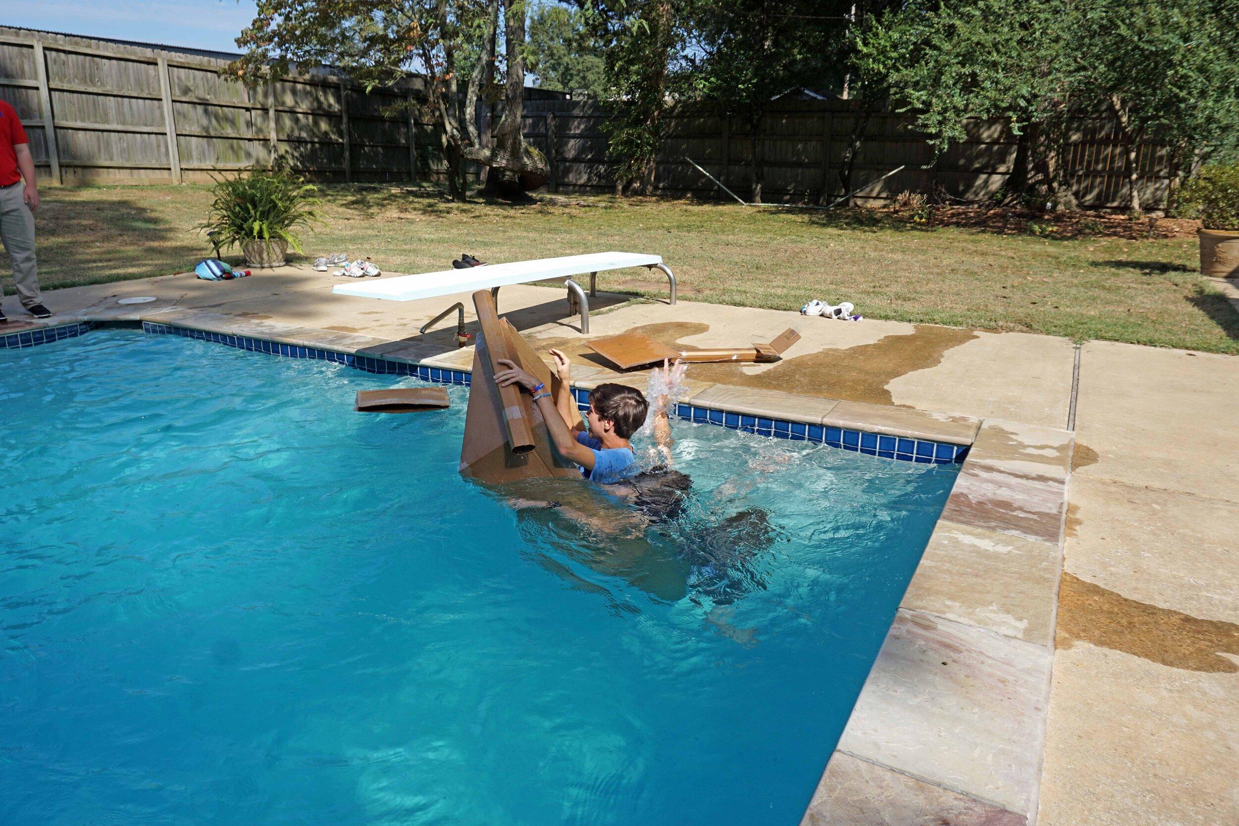 Sept27 DoCardboardBoatsFloat74.jpg