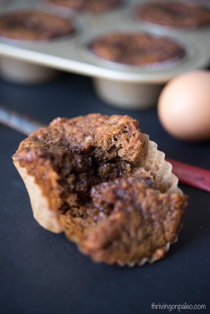 Paleo Cinnamon Roll Muffins