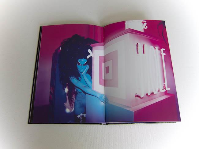 Andrepolis-Andre-Saraiva-Art-Book (9 of 9).jpg