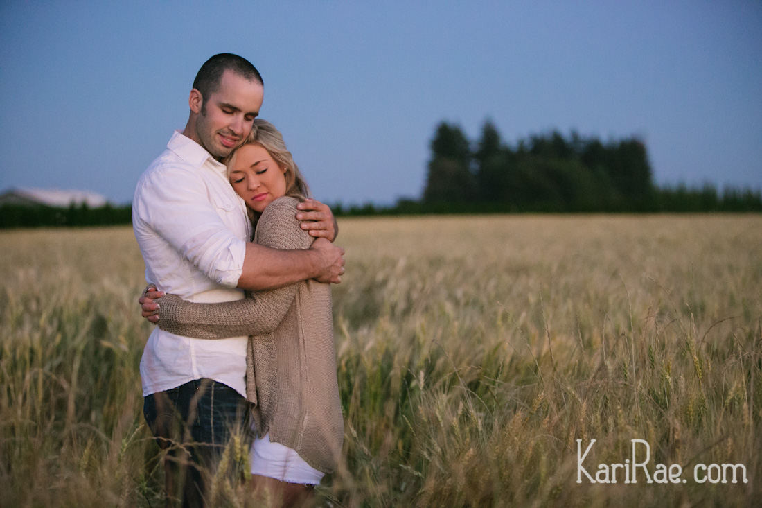 Prepping everything for Derryn & Leiah's Session Premiere tomorrow! I'm dyyying over these images - so beautiful!