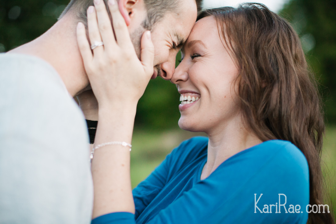 Another blog post....this one of Robbie & Nicole's love love love love love love filled session!