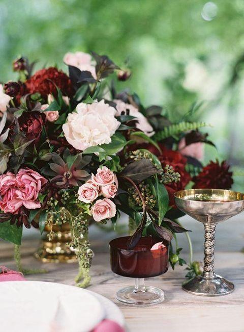 http://happywedd.com/decor/42-refined-burgundy-and-blush-wedding-ideas.html