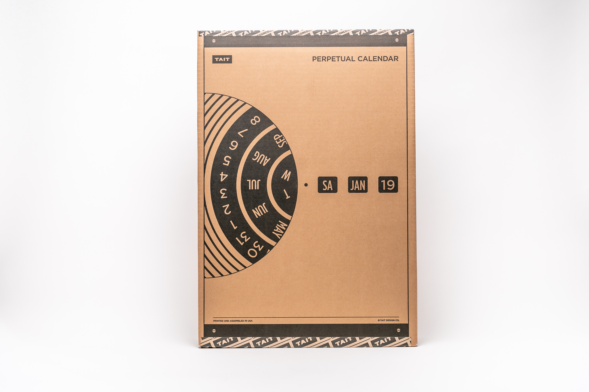 THE PACKAGING - –CUSTOM BOX–With such attention to detail across the whole product, we couldn't just put the calendar in a plain box. Instead, we created a custom matching kraft box, making it all the more exciting to give as a gift or receive for yourself.