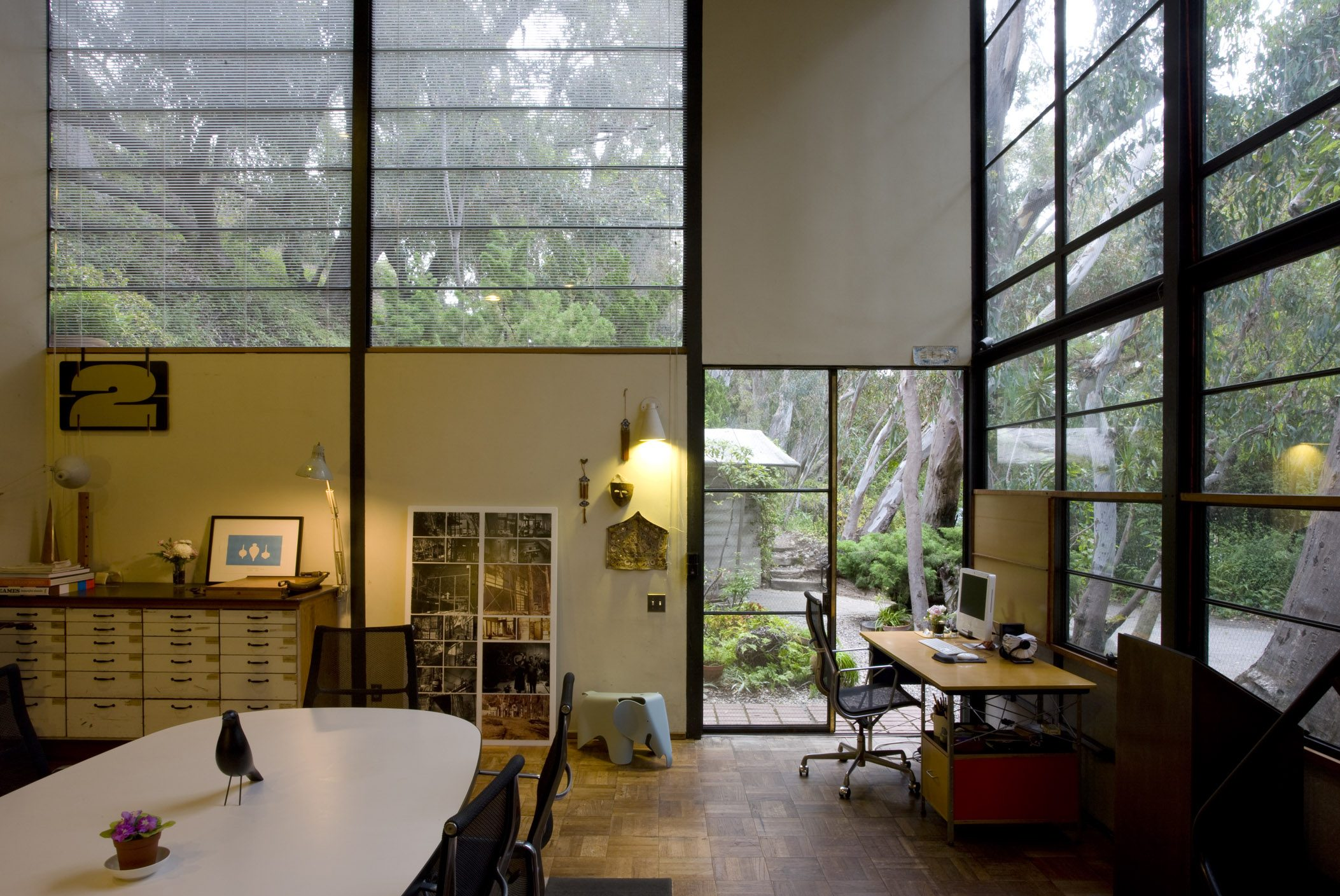 The Eames House Work Space | Photo Credit: Leslie Schwartz and Joshua White