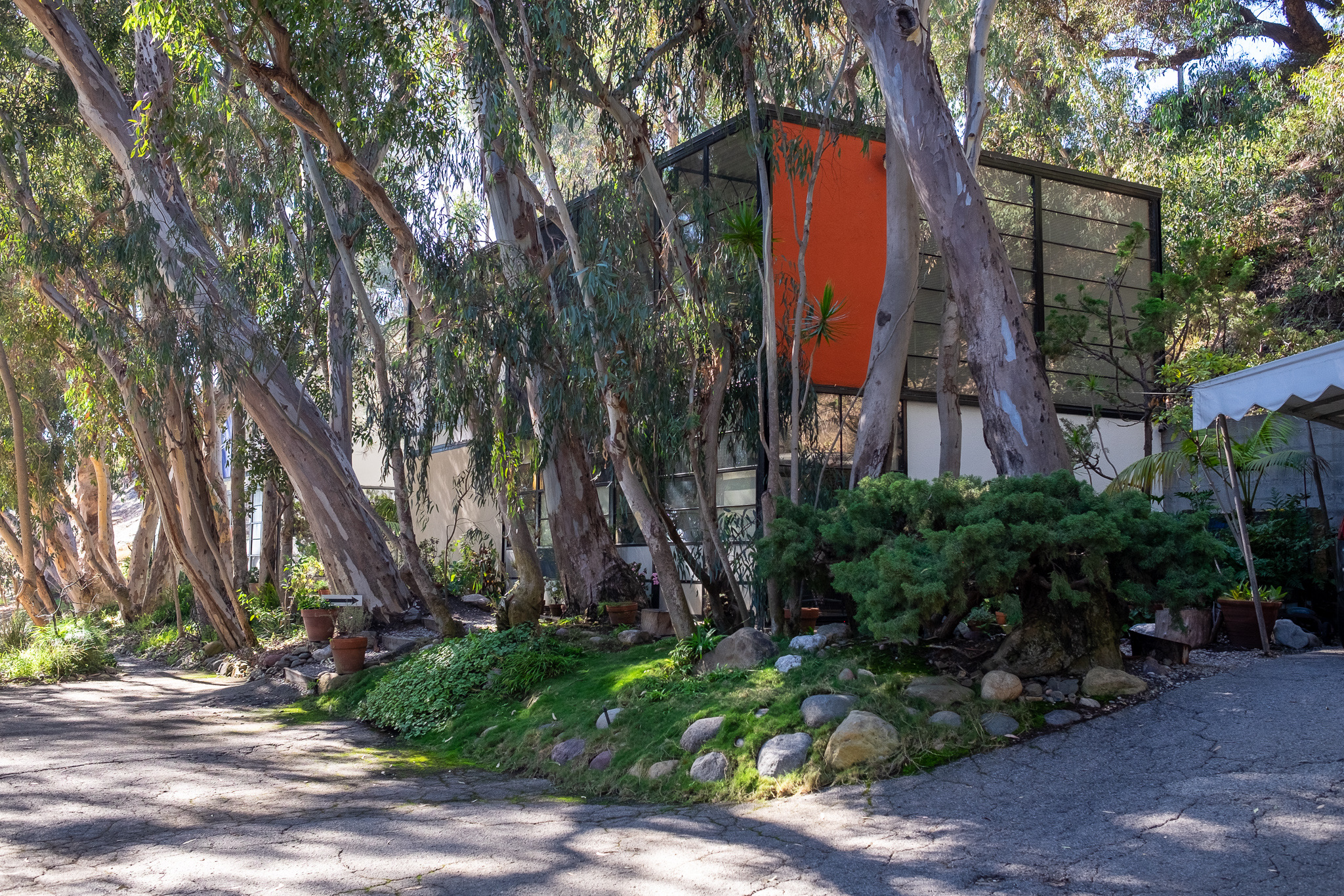 The Eames House Exterior Work Space | Photo Credit: Matthew Tait