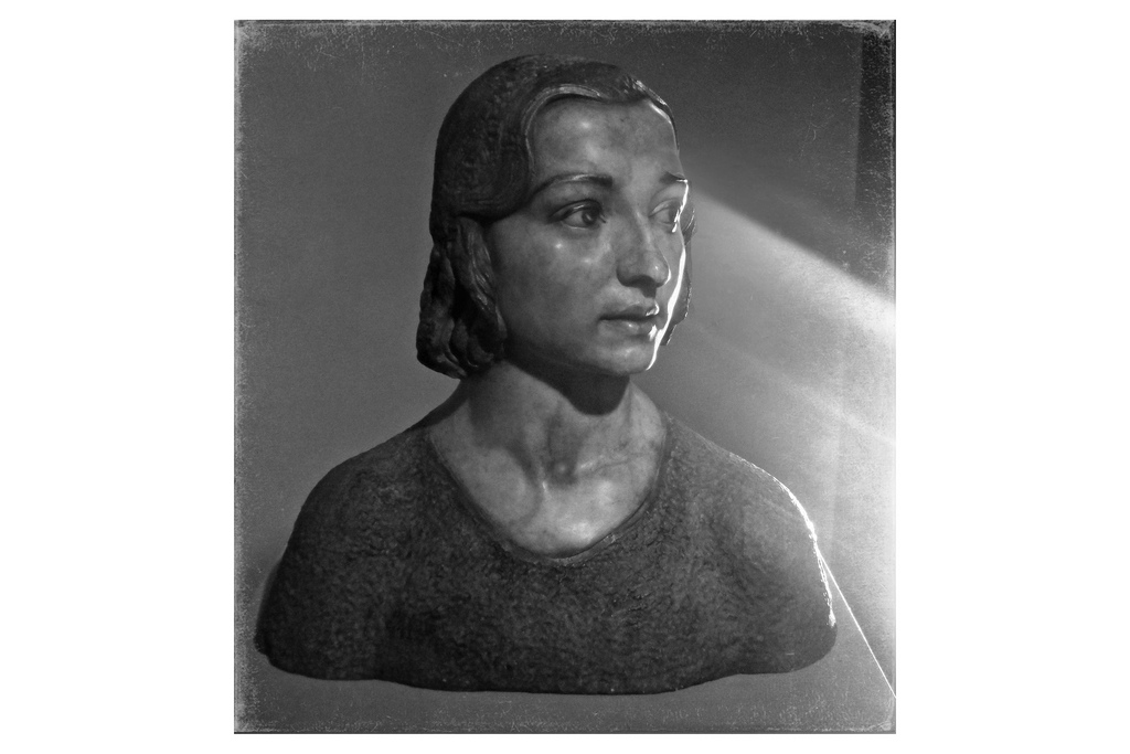 bust of a young worman by quitin de torre.jpg
