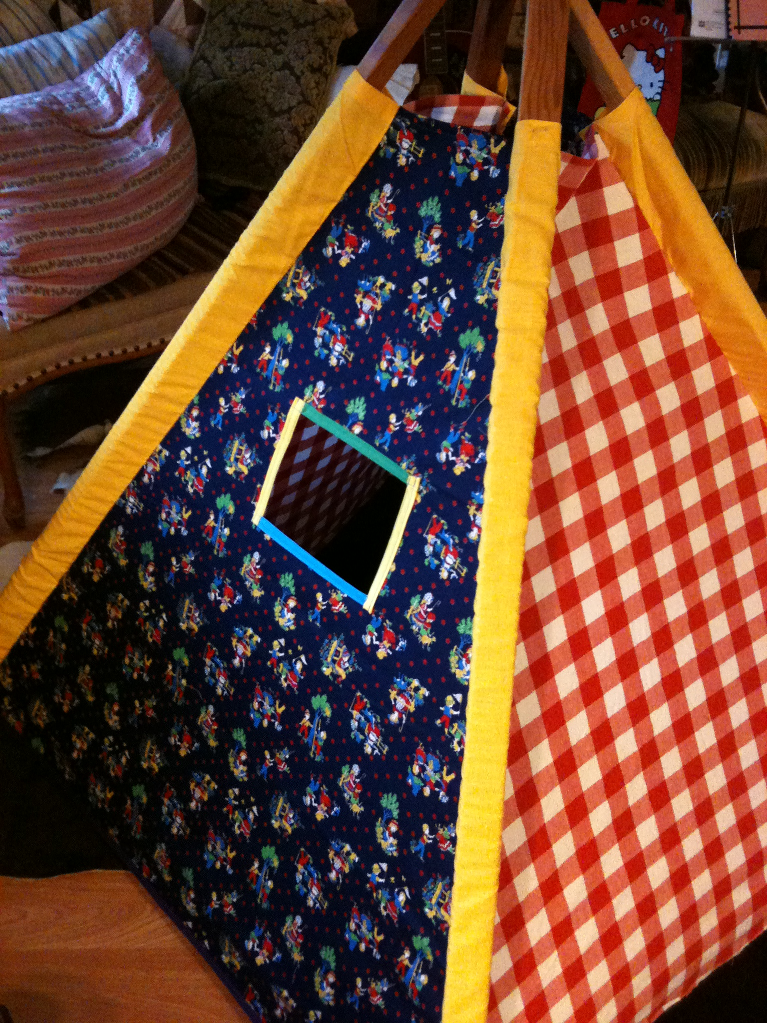 Kids Cloth Teepee.JPG
