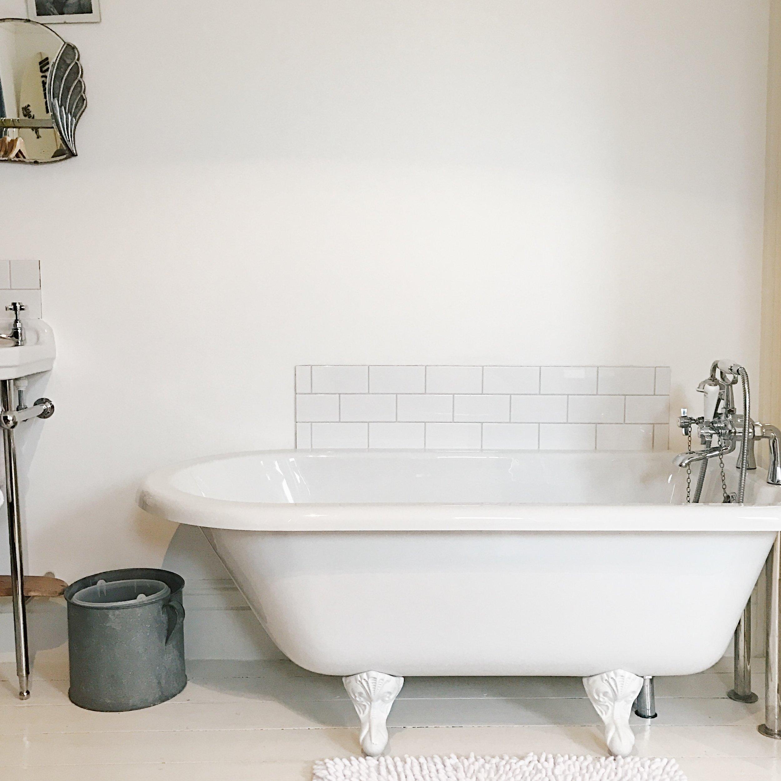 Holland-Road-Bathroom.JPG