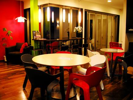 cafe_2.jpg