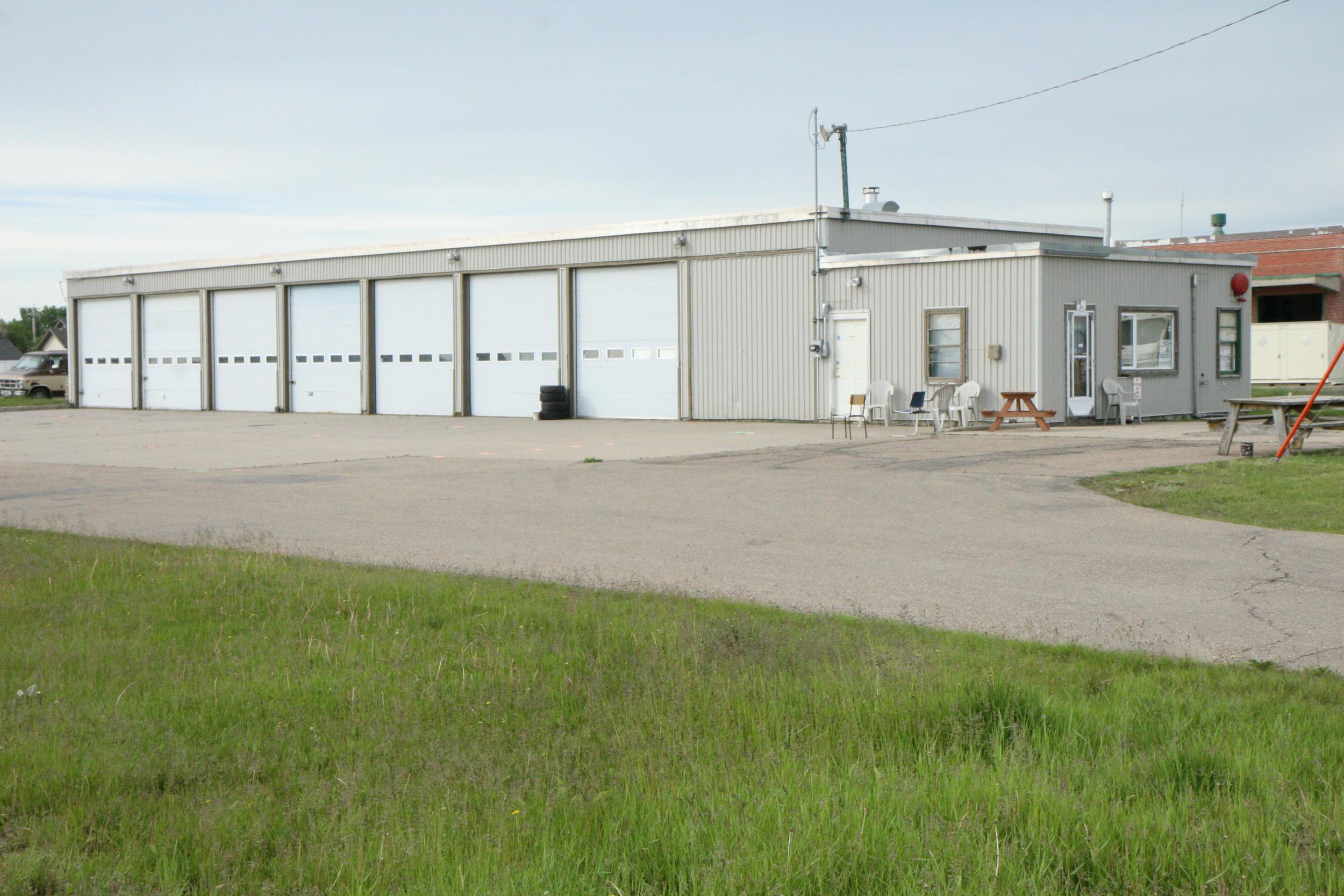 8Bay Automotive Building 34.jpg